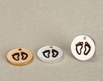 5pcs 15mm Engravable stainless steel Feet charms . Round Pendants