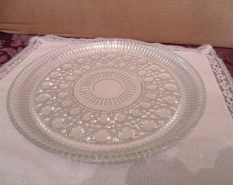 Vintage Glass Platter for randmas Cakes and Pies, (# 172/10)