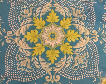 Jennifer Paganelli Ann Flower Mural JP121 Ice VHTFOOP fabric Pretty Please 1/2 yard