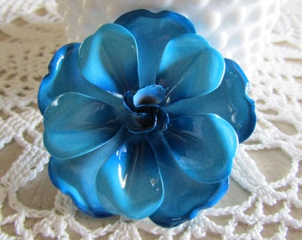 ENAMEL BLUE BROOCH