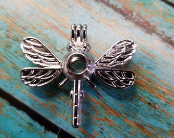 A Bug's Life Inspired Dragonfly Pearl / Bead Cage