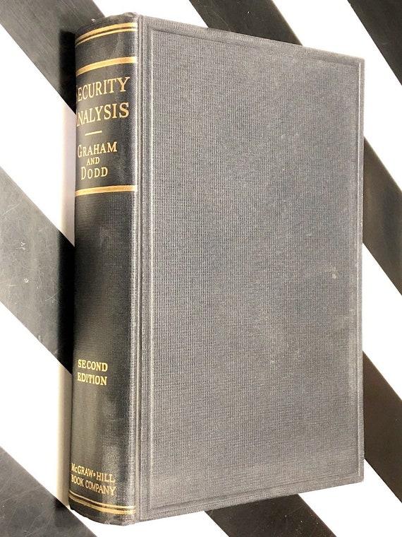 Security Analysis by Benjamin Graham and David Dodd (1940) hardcover book