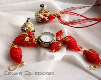 A set of jewelry, berry frog