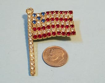 Vintage Attruia Rhinestone American Flag Brooch, American Flag Pin, American Flag