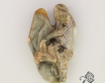 Hand Carved Lizard, Natural Agate, Hand Carved Necklace, Hand Carved Pendant, ZL18050053