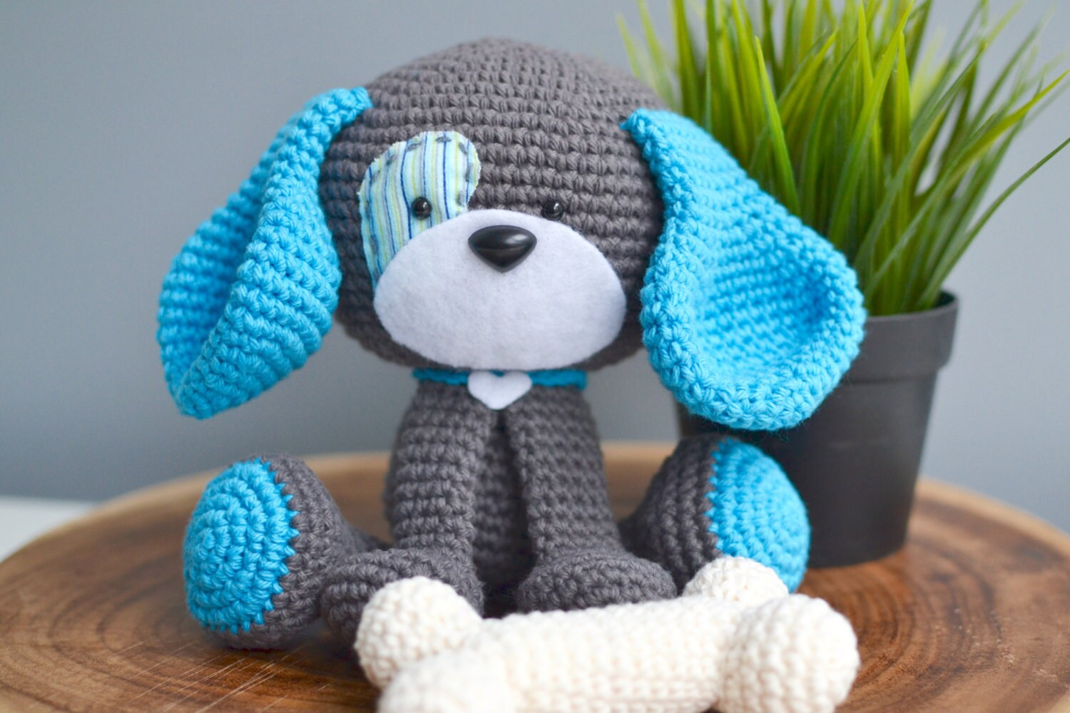 Amigurumi Crochet Pattern : Cute dog crochet pattern. domino the dog amigurumi crochet