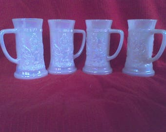 Beer Stein Federal Glass Co. Heat proof, Opalescent , Moonglow pattern, old inn , mid century barware set of 4