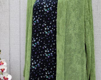 SALE Vintage 90's Grunge Sweater -  Pea Green Slouchy, Loose Knit Over-size Sweater - by Sarah Arizona Size Small