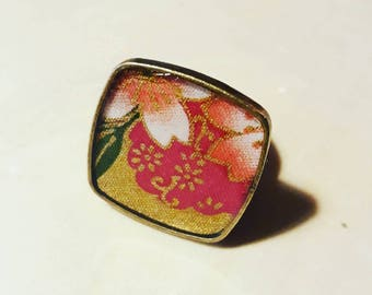 Japanese fabric/adjustable square ring, limited edition-resin. Unique piece