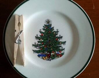 Set of 8 Cuthbertson Salad / Dessert Plates