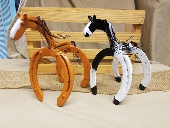 Horse statue horseshoe decor horseshoe art horse gift for Bulk horseshoes for crafts