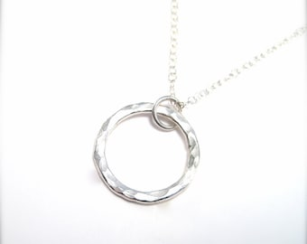 Simple Silver Circle Necklace, Silver Choker Necklace, Hammered Circle Pendant Necklace, Simple Silver Necklace