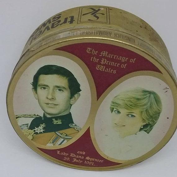 Collectible Royal Family, Prince Charles and Lady Diana Wedding Tin, Diana Royal Collectible Wedding, Vintage Royal Candy Tin, Royal Watcher