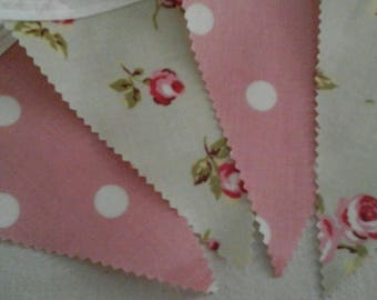PVC/Oil Cloth Floral/Polka Dot Bunting 12 flags