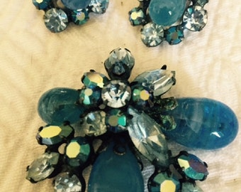 Vintage Signed 1960's Classy Two Tone Blue Regency Brooch And Earring Set