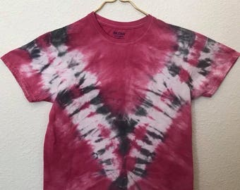 Red, Black and White V Tie Dye T-Shirt, Adult Size Medium