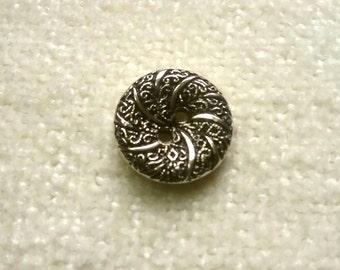 10 metal effect buttons, silver swirl pattern, 15mm 2-hole