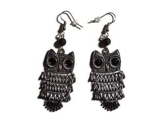Jointed with 5 cm silver metal black polaris bead OWL earrings
