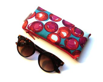 Cotton quilted glasses case polka dots