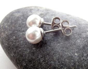 White Pearl Earrings - Vintage Stud Earrings - Sterling Silver - Small Stud Earrings