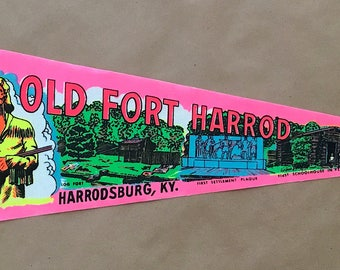 Vintage 'Old Fort Harrod, Daniel Boone, Harrodsburg, KY' Kentucky Travel Pennant