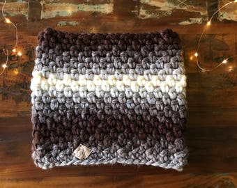 Super Chunky Neckwarmer, Super Chunky Cowl, Winter Cowl, Chunky Necwra, Ultra Warm winter Cowl, Boho cowl, knitted snood, infinity Scarf