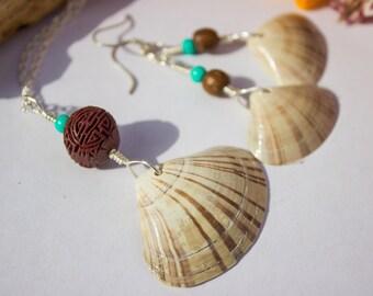 Striped Shell Beach Mermaid Necklace & Earrings Set