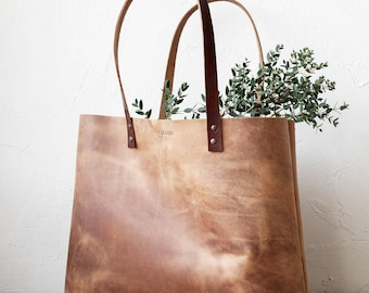 Large Distressed Camel Leather Tote, Genuine Leather Bag, Minimalistic Bag, Handmade Bag, Travel Bag, Diaper Bag, Oversized Bag