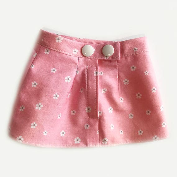 "Fitted Skirt for American Girl Type Dolls with Narrow Waist (10"")"
