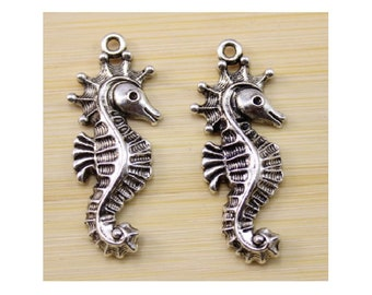 Large Seahorse Charms Pendants Well Crafted Beautifully Detailed Beach Sealife Cruise Jewelry Supplies 38x16mm