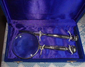 VTG SET Magnifying Glass & Letter Opener in Dark Blue Case