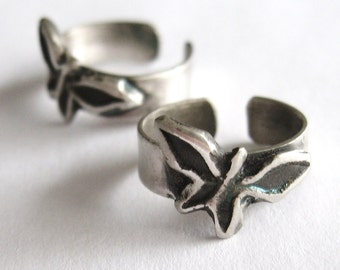 Butterfly Wings Toe Ring in sterling silver adjustable band toe ring