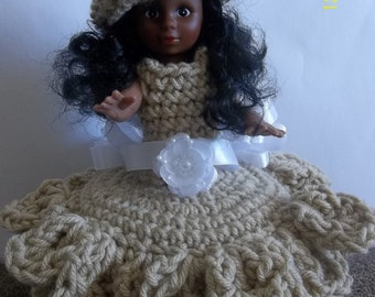 Crocheted doll toilet tissue cover