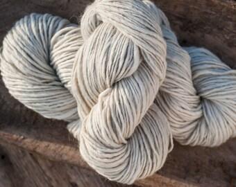100% Icelandic Wool Lopi Yarn, White