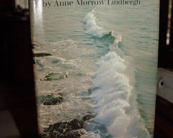 Selections From Gift from the Sea by Anne Morrow Lindbergh, Illust. Bill Greer 1967