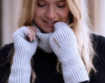 Luxury cashmere gloves, ribbed fingerless mittens with half thumb (wrist warmer length)