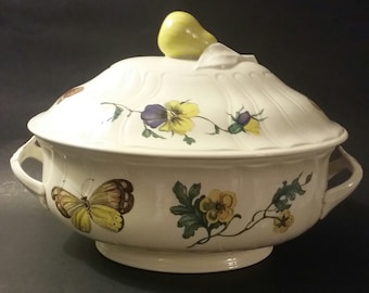 Villeroy and Boch  Tureen in the Bouquet Pattern