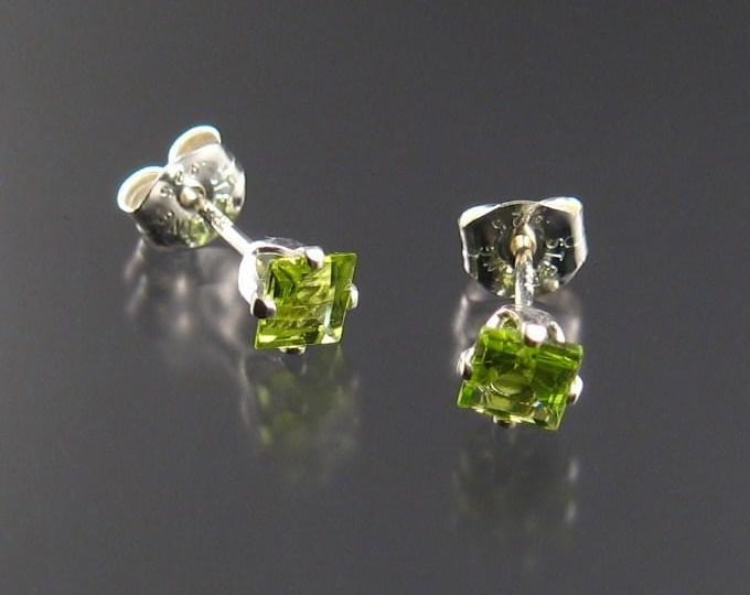 Peridot square posts, Sterling