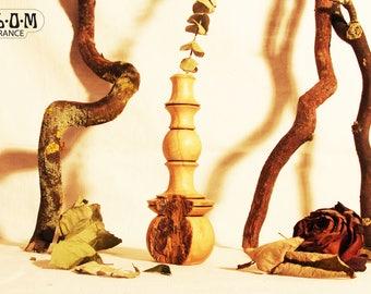 Chestnut wood vase