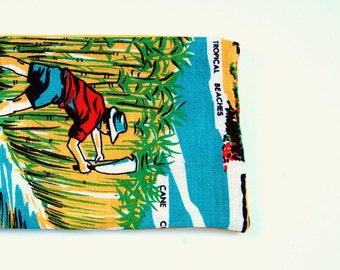 Zipper Pouch: Queensland Sugar Cane Vintage Linen Tea Towel