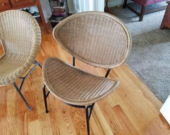 Mid Century Modern rattan clam shell chair