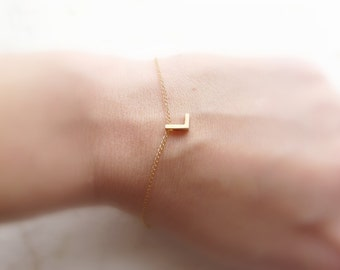 Initial bracelet, Letter bracelet, Personalized bracelet, Simple Tiny bracelet, Bridesmaid bracelet, Minimalist