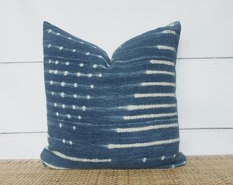 Indigo Mudcloth Pillow Cover   18x18   No524