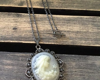 Blue Tint Cameo Necklace