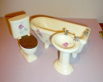 Dollhouse Bathroom Porcelain   Footed Tub Sink Commode Miniature Dollhouse Collectible Pink Roses