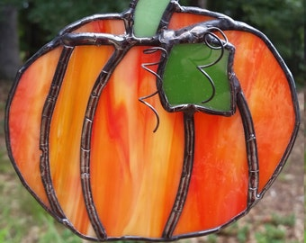 Stained glass pumpkin. Suncatcher, gift, home, décor, fall, garden, pumpkin, orange, Halloween Thanksgiving