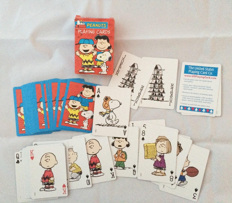 Charlie Brown Snoopy jugando a las cartas, baraja de cacahuetes ...