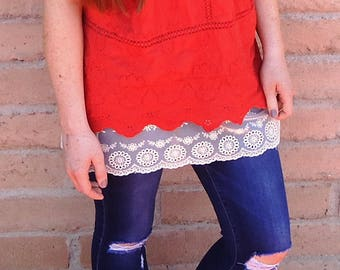Shirt extender - cream lace - also available in white lace.  Perfect for off the shoulder shirts.