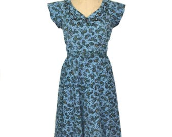 vintage 1950's paisley dress / blue / atomic novelty print / belted dress / cotton / women's vintage dress / size medium
