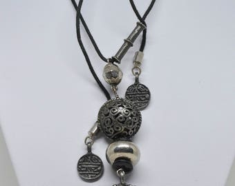 Silver Tone Necklace With Large Pendant